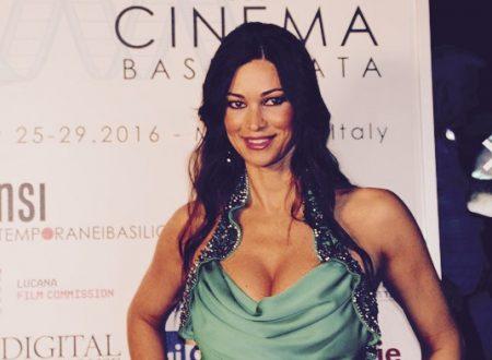 Manuela Arcuri – Dopo la maternità torna sul set con diversi progetti