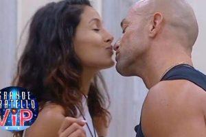 GF VIP – Il bacio tra Mariana e Stefano – La reazione di Valeria
