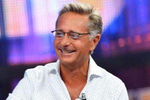Paolo Bonolis torna in prima serata e… attacca la d'Urso?