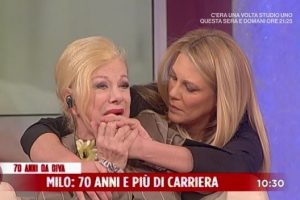 Sandra Milo scoppia in lacrime in diretta tv!