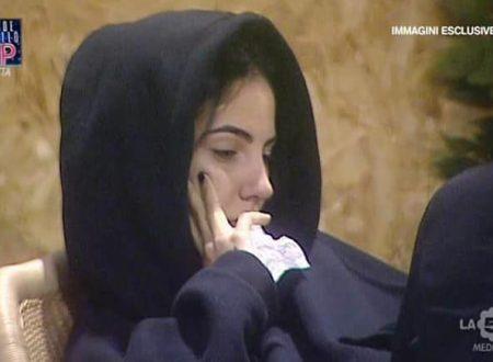 """Giulia De Lellis scopre che Soleil è attratta da Andrea Damante e sclera: """"È UNA PAZZA! NON SI OSASSE!!"""""""