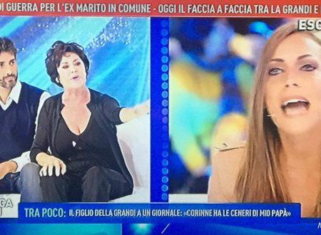 "Domenica Live – Lite furibonda tra Corinne Clery e Karina Cascella: ""È pazza!"" – ""Ma tu chi sei?!"""