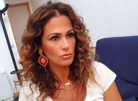 """Samantha De Grenet su L'isola dei famosi: """"Anche io ho visto droga e alcol…"""""""