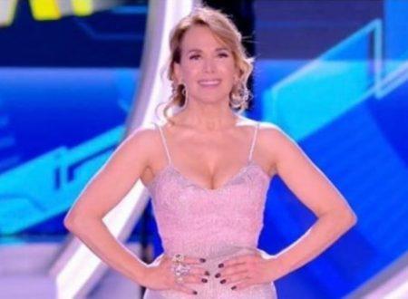 GF – Barbara d'Urso contro il ministro della Famiglia, Fontana!